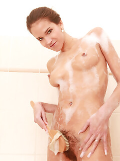 Hairy Pussy Shower Pic