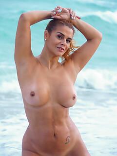 Hairy Pussy On Beach Pics